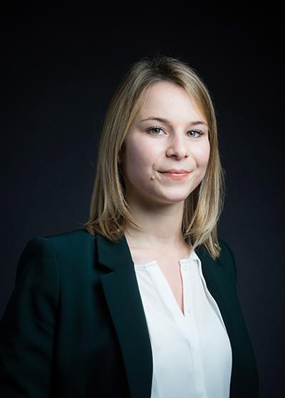 Avocat droit public : Manon Jolivet